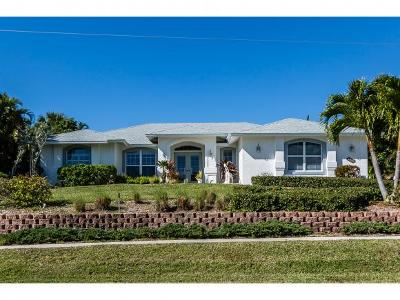 Marco Island Single Family Home For Sale: 1760 Granada Dr #5
