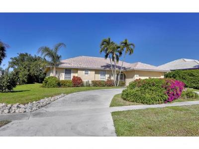 Marco Island Single Family Home For Sale: 600 Dorando Ct #11