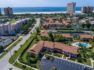 Mariner Apts Marco Island Condo/Townhouse For Sale: 14 Manor Ter #105