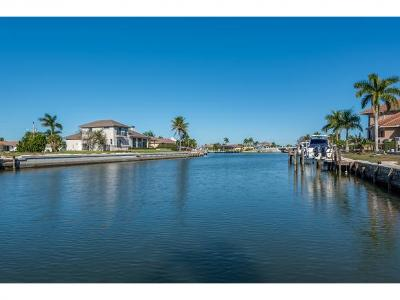 Marco Island Single Family Home For Sale: 372 Rookery Ct #3