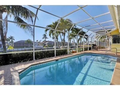 Marco Island Single Family Home For Sale: 362 Capistrano Ct #6