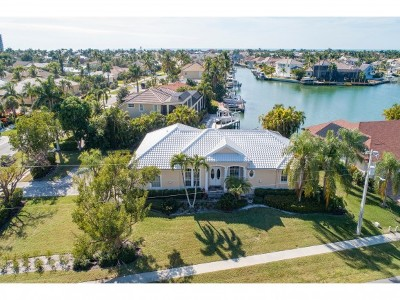 Marco Island Single Family Home For Sale: 595 Tigertail Ct #11