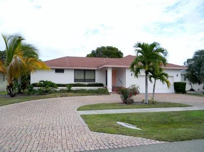 Marco Island Single Family Home For Sale: 65 Tahiti Rd #3