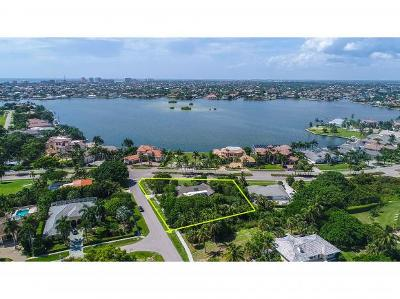 Marco Island Single Family Home For Sale: 799 S Barfield Dr #13