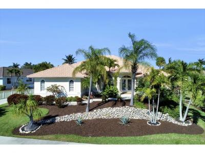 Marco Island Single Family Home For Sale: 772 Saturn Ct #6