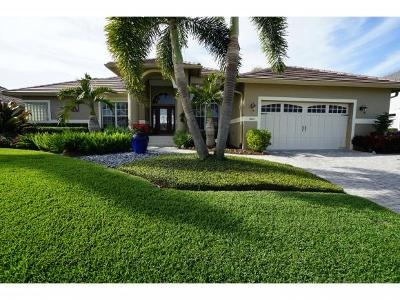 Marco Island Single Family Home For Sale: 1551 Jamaica Ct #3