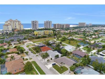 Marco Island Single Family Home For Sale: 916 Loyalty Ave #7