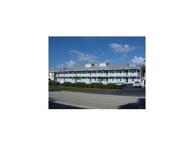 Marco Island Condo/Townhouse For Sale: 829 W Elkcam Cir #107