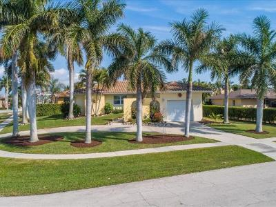 Marco Island Single Family Home For Sale: 101 Beachcomber St #7