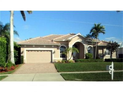 Marco Island Single Family Home For Sale: 159 Columbus Way #8