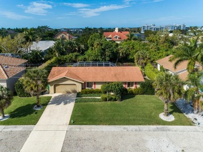 Marco Island Single Family Home For Sale: 760 Kendall Dr #12