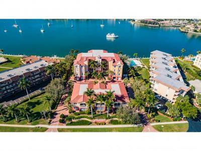 Marco Island Condo/Townhouse For Sale: 790 W Elkcam Cir #101