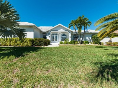 Marco Island Single Family Home For Sale: 860 S Joy Cir #6