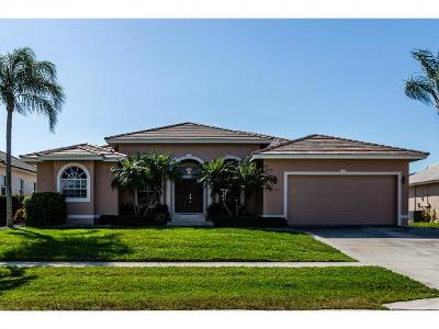 Marco Island Single Family Home For Sale: 1141 Cara Ct #7