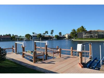 Marco Island Single Family Home For Sale: 1742 N Bahama Ave #3