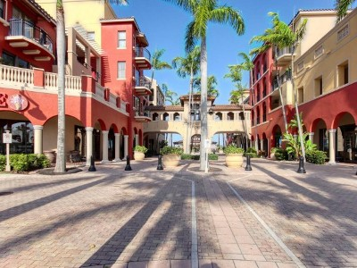Marco Island Condo/Townhouse For Sale: 740 N Collier Blvd #208