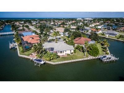 Marco Island Single Family Home For Sale: 431 Henderson Ct #12