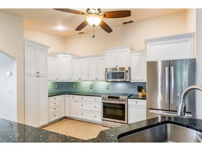 Marco Island Single Family Home For Sale: 164 Richmond Ct #8
