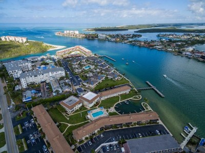 Marco Island Condo/Townhouse For Sale: 850 Palm St #C7