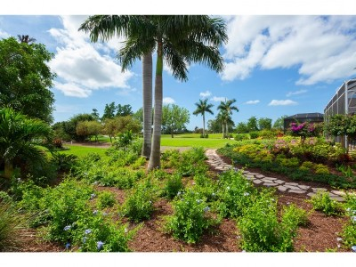Marco Island Single Family Home For Sale: 632 Nassau Rd #1