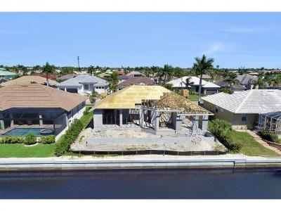 Marco Island Single Family Home For Sale: 330 Marquesas Ct #6