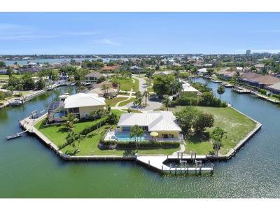 Marco Island Single Family Home For Sale: 438 Capri Ct #8