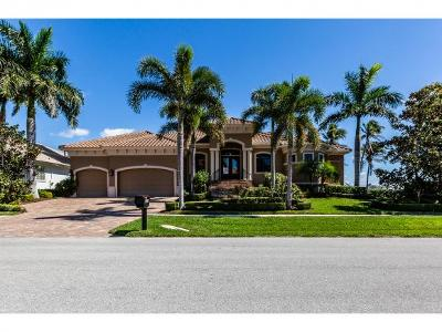 Marco Island Single Family Home For Sale: 1231 Stone Ct #10