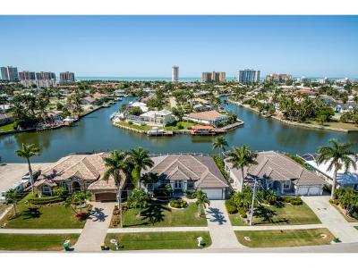Marco Island Single Family Home For Sale: 190 Copperfield Ct #6