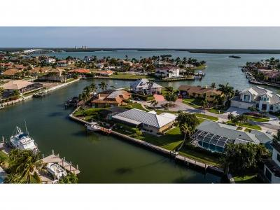 Marco Island Single Family Home For Sale: 590 Goldcoast Ct #1