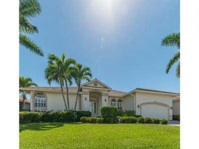 Marco Island Single Family Home For Sale: 791 Sea Ct #6