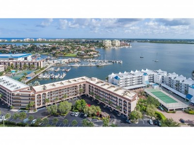 Marco Island Condo/Townhouse For Sale: 1011 Anglers Cv #304