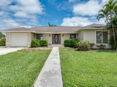 Marco Island Single Family Home For Sale: 823 Fairlawn Ct #1