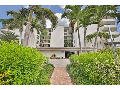 Marco Island Condo/Townhouse For Sale: 651 Seaview Ct #509