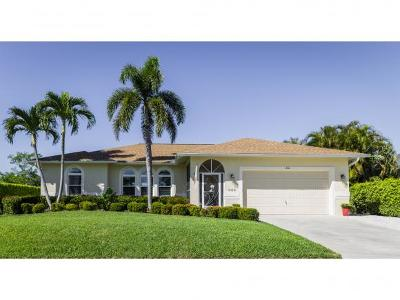 Marco Island Single Family Home For Sale: 240 Columbus Way #8