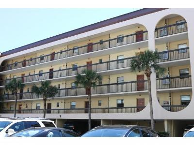 Marco Island Condo/Townhouse For Sale: 1027 Anglers Cv #206