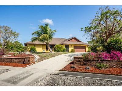 Marco Island Single Family Home For Sale: 2030 Sheffield Ave #5