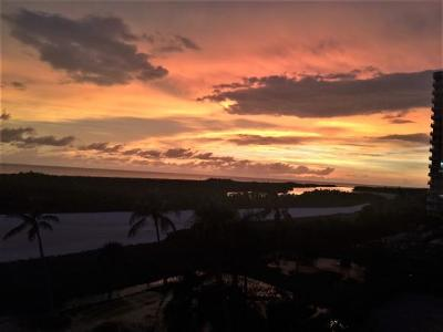 Marco Island Condo/Townhouse For Sale: 320 Seaview Ct #510