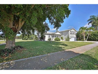 Marco Island Single Family Home For Sale: 184 Balfour Dr #25