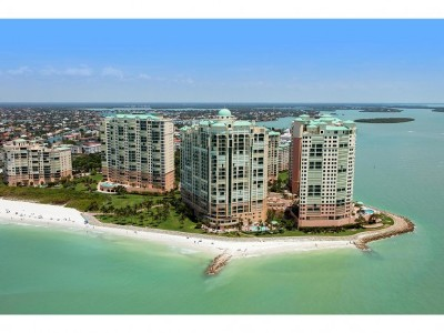 Marco Island Condo/Townhouse For Sale: 960 Cape Marco Dr #605