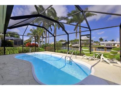 Naples Single Family Home For Sale: 422 San Juan Ave