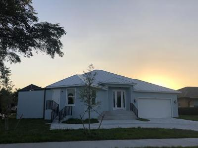 Marco Island FL Single Family Home For Sale: $599,000