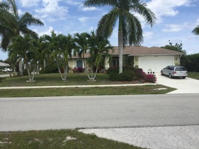 Marco Island Single Family Home For Sale: 1476 Honeysuckle Ave #8