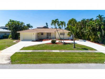 Marco Island Single Family Home For Sale: 442 Tarpon Ct #2