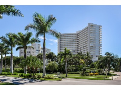 Marco Island Condo/Townhouse For Sale: 320 Seaview Ct #1009