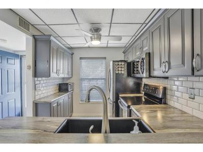 Smokehouse Bay Club Condo/Townhouse For Sale: 651 W Elkcam Cir #815