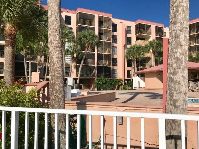 Riverside Club Condo/Townhouse For Sale: 1085 Bald Eagle Dr #410