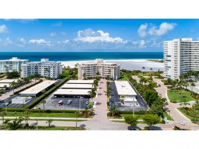 Marco Island Condo/Townhouse For Sale: 240 Seaview Ct #103