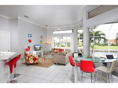 Marco Island Single Family Home For Sale: 798 Sea Ct #6