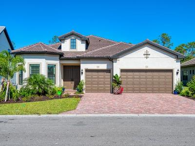 Naples Single Family Home For Sale: 7644 Winding Cypress Dr