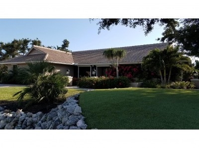 Marco Island Single Family Home For Sale: 798 Caxambas Dr #13
